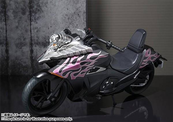 Kamen Rider: S.H. Figuarts Vehicle Ride Chaser