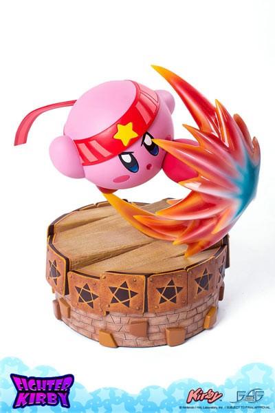 Kirby's Return to Dream Land: Kämpfer Kirby Statue