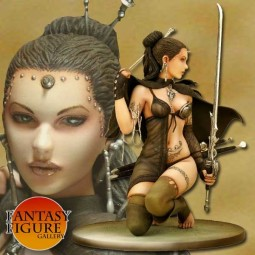Fantasy Figure Gallery - The Touch Of Ice (Luis Royo) PVC Statue