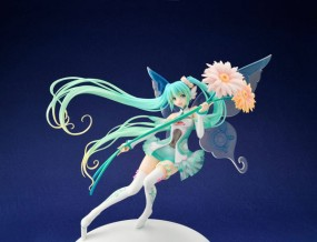 Vocaloid 2: Racing Miku GT Project 2017 Ver. 1/1 Scale PVC Statue
