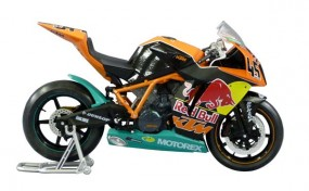 KTM 1190 RC8R Red Bull 2011 (Completed Model)
