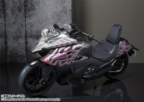 Kamen Rider: S.H. Figuarts Fahrzeug Ride Chaser